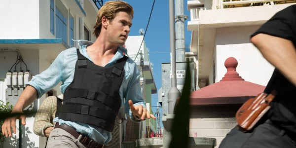 Screenshot from Blackhat starring Chris Hemsworth and directed by Michael Mann